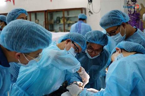 phẫu thuật hạ gò má có đau không