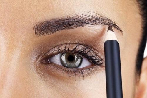 cách vẽ chân mày ngang bằng bút chì