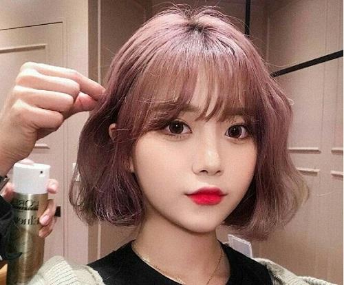 tóc ngắn cho mặt tròn trán ngắn