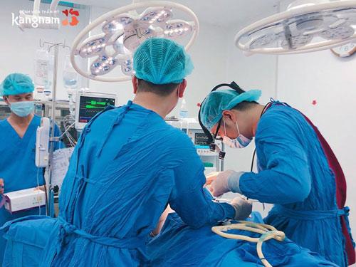 phẫu thuật hạ đường chân tóc kangnam