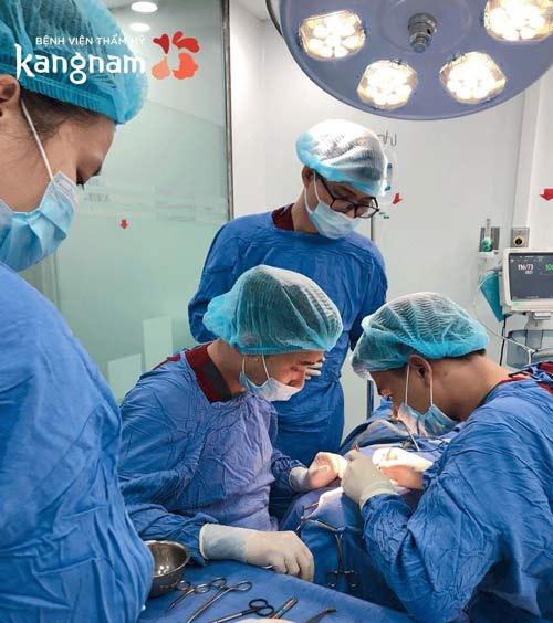 phẫu thuật kinh nghiệm tháo cằm